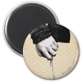 Llevar a cabo las manos con Horcrux Imán Redondo 5 Cm