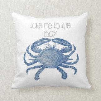 Lléveme a la almohada del cangrejo azul de la