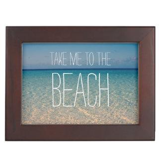 Lléveme a la arena del cielo azul del verano del o cajas de recuerdos