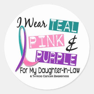 Llevo a la nuera 37 de la cinta del cáncer de pegatina redonda