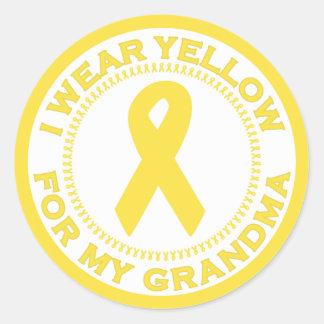 Llevo el amarillo para mi abuela pegatina redonda