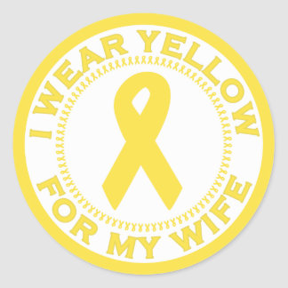 Llevo el amarillo para mi esposa pegatina redonda