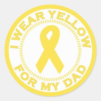 Llevo el amarillo para mi papá pegatina redonda