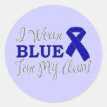 Llevo el azul para mi tía (la cinta azul de la pegatina redonda