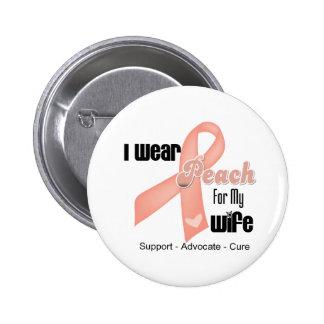 Llevo el melocotón para mi esposa - cáncer uterino pin redondo de 2 pulgadas