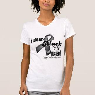 Llevo el negro para mi cáncer de piel del marido playera
