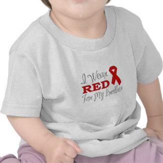 Llevo el rojo para mi Brother (la cinta roja) Camiseta