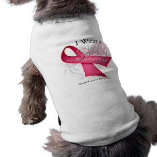 Llevo el rosa para el héroe en mi cáncer de pecho  camiseta de perro