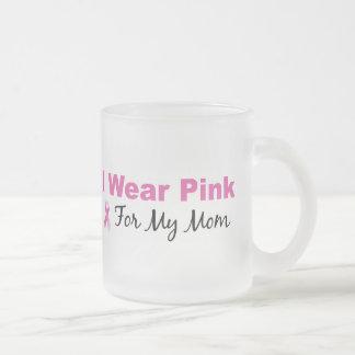 Llevo el rosa para mi mamá taza de cristal