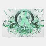 Llevo el trullo para mi mamá .png (floral) toalla de mano