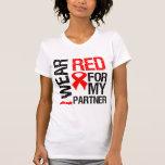 Llevo la cinta roja para mi socio camisetas