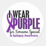 Llevo la púrpura para alguien la epilepsia especia pegatina