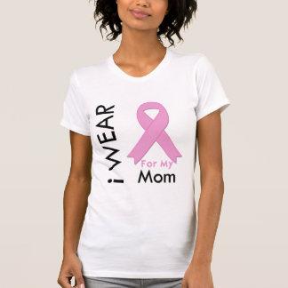 Llevo una cinta rosada para mi mamá camiseta