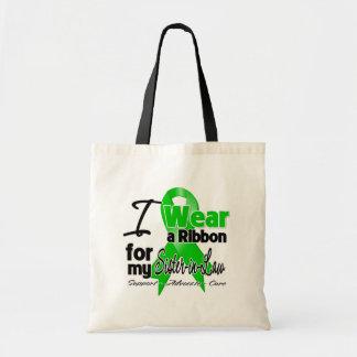 Llevo una cinta verde para mi cuñada bolsa de mano