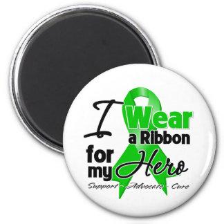 Llevo una cinta verde para mi héroe iman para frigorífico
