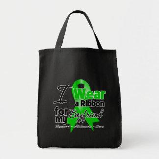 Llevo una cinta verde para mi novio bolsa tela para la compra