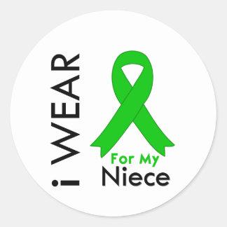 Llevo una cinta verde para mi sobrina pegatina redonda