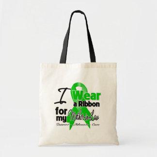 Llevo una cinta verde para mi suegra bolsa de mano