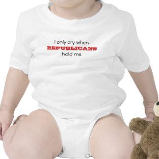 Lloro solamente cuando, los REPUBLICANOS, me Trajes De Bebé