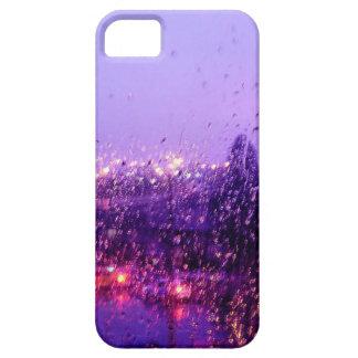 Llueva abajo en mí iPhone 5 fundas