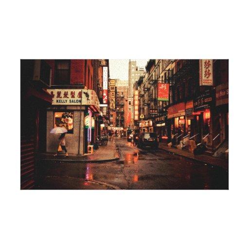 Lluvia - Chinatown - New York City Impresión En Lona Estirada