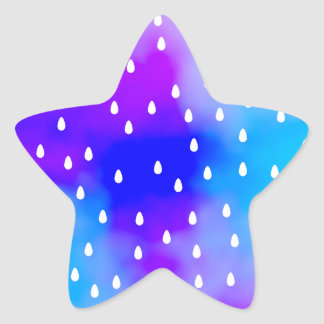 Lluvia con el cielo nublado azul y púrpura pegatina en forma de estrella