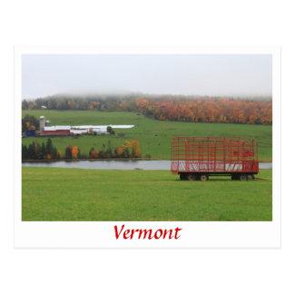 Lluvia de octubre de la granja de Vermont Tarjeta Postal