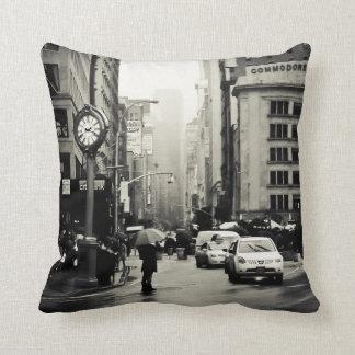 Lluvia en New York City - estilo del vintage Cojines