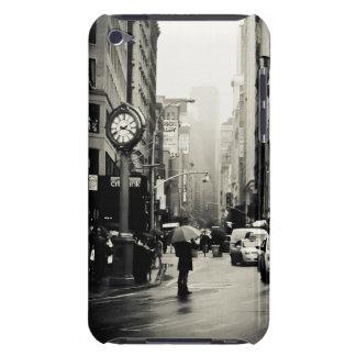 Lluvia en New York City - estilo del vintage iPod Touch Case-Mate Coberturas