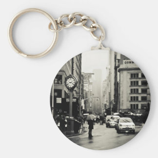 Lluvia en New York City - estilo del vintage Llavero Redondo Tipo Pin