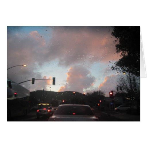Lluvia Falliing en la puesta del sol en San Luis O Tarjetón