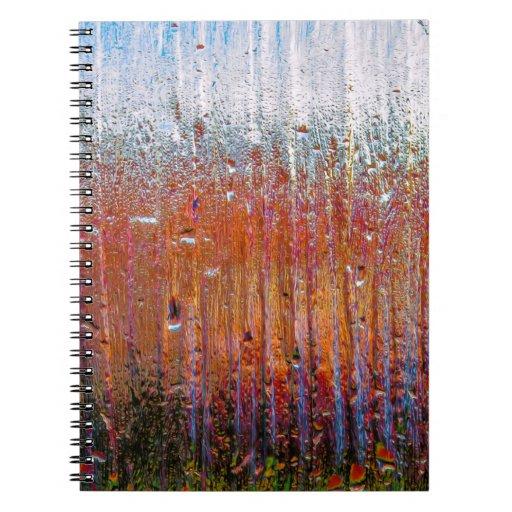 Lluvia sobre el vidrio con colores bonitos libretas espirales