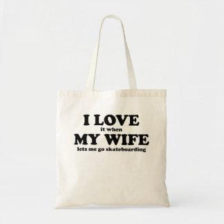 Lo amo cuando mi esposa me deja ir a andar en mono bolsas