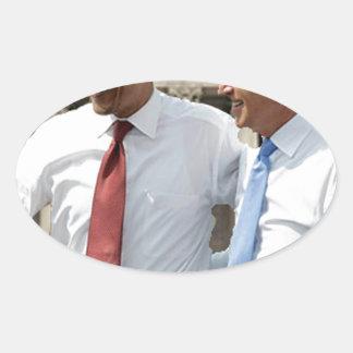 """Lo hicimos!"" -- Obama Pegatinas Ovaladas Personalizadas"