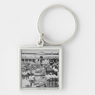 Loading Fruit at Covent Garden Market, 1900 Keychain