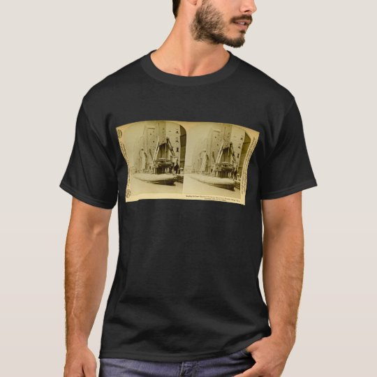 Loading the Great Whaleback, Chicago, Illinois T-Shirt