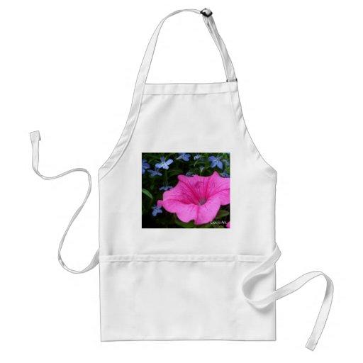 Lobelia azul rosado de las petunias delantal