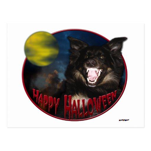 Lobo asustadizo del feliz Halloween Tarjeta Postal