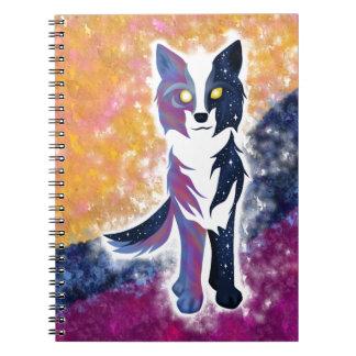 Lobo crepuscular del cielo note book