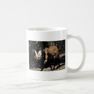 Lobo crinado taza de café