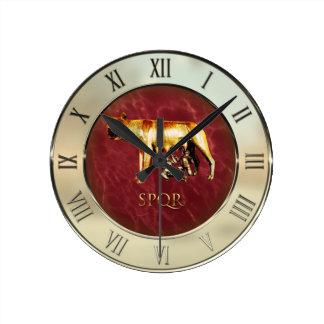 Lobo de Capitoline Reloj Redondo Mediano