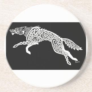 Lobo de Knotwork, blanco en negro Posavasos Diseño