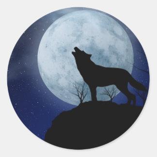Lobo de la Luna Llena Etiqueta Redonda