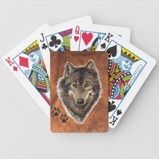 Lobo de la pintura de la acuarela con las pistas a baraja cartas de poker
