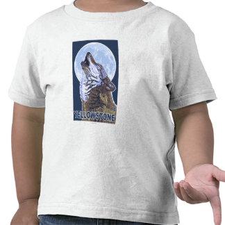 Lobo de YellowstoneHowling Camisetas