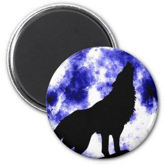 Lobo del grito en la luna imanes