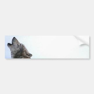 Lobo del grito en nieve pegatina para auto