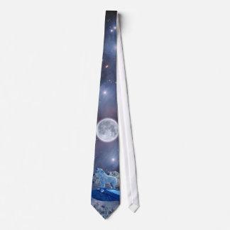 Lobo del grito, luna y corbata árticos de las