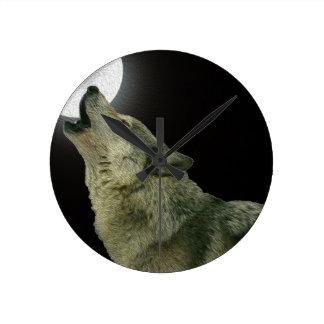 Lobo del grito reloj redondo mediano