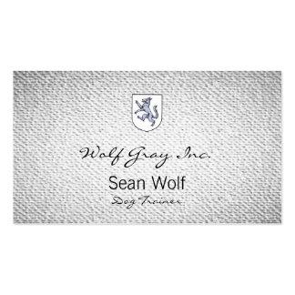 Lobo gris desenfrenado en un escudo Herald del Tarjetas De Visita